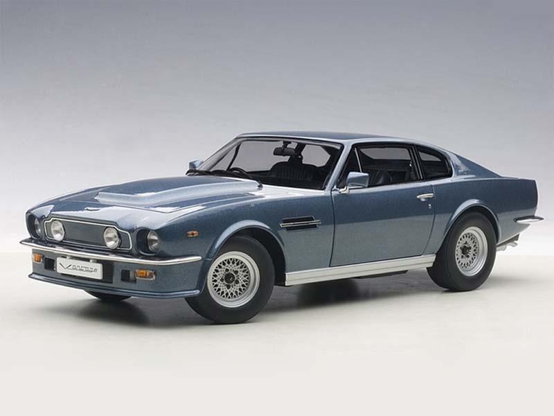 AUTOart Aston Martin V8 Vantage 1985 Blue 1:18 70223